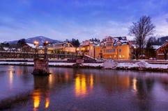 Località di soggiorno di stazione termale cattivo Ischl Austria al tramonto Immagini Stock Libere da Diritti