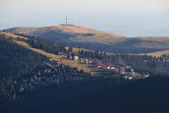 Località di soggiorno di montagna di Ranca in Parang Carpathians fotografia stock