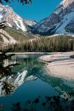 Località di soggiorno nel Nord dell'Italia Lago Braies Fotografia Stock