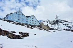 Località di soggiorno Tirolo Austria di inverno delle montagne delle alpi Immagine Stock