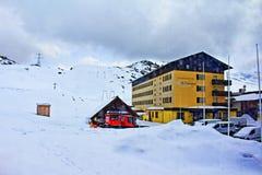 Località di soggiorno Tirolo Austria di inverno delle montagne delle alpi Immagini Stock Libere da Diritti