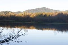 Localizado ao longo do rio do russo, o parque regional do beira-rio está apenas minutos de Windsor e de Healdsburg do centro imagens de stock royalty free