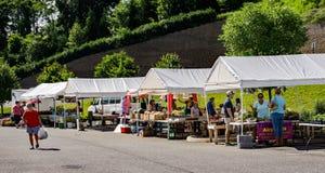 Localmente mercato degli agricoltori fotografia stock