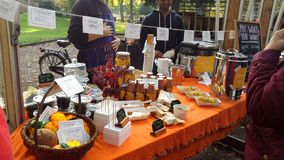 Localy produziu petiscos em um festival sueco da colheita Fotografia de Stock Royalty Free