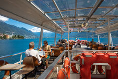 """Locarno, †de Suíça """"24 de junho de 2015: Os passageiros apreciarão o th Fotos de Stock"""
