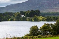 LOCH ALVIE, BADENOCH i STRATHSPEY/SCOTLAND, - SIERPIEŃ 26: Celti Fotografia Royalty Free