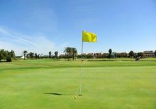 Loch auf dem Golfplatz von Costa Ballena, Dienstturnus, Cadiz-Provinz, Spanien Lizenzfreies Stockfoto