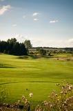 Loch auf einem Golfplatz Lizenzfreies Stockfoto