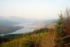 Loch Garry à l'aube, Lochaber, Ecosse Photo stock