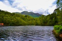Loch Katrine Katrine jezioro w Szkockich średniogórzach piękny lak Zdjęcia Royalty Free