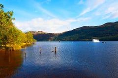 Loch Lomond在10月,苏格兰 免版税图库摄影
