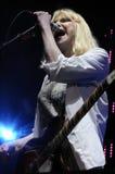 Loch mit der Courtney Loveausführung Phasen. Stockfotografie