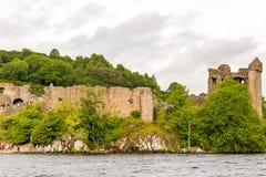 Loch Ness i dystert väder, Skottland Arkivfoto