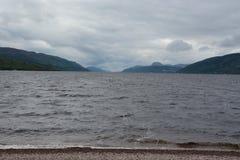 Loch Ness i moln Arkivbild