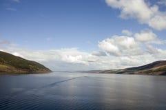 Loch Ness i Skottland Arkivfoton
