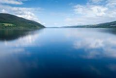 Loch Ness, Schotland van het meer stock afbeelding