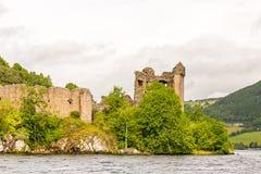 Loch Ness in somber weer, Schotland royalty-vrije stock afbeelding