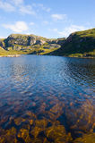 Loch in NordwestSutherland, Schottland Stockfotografie