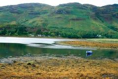 Loch por muito tempo, Dornie, Kintail Montanhas escocesas Fotos de Stock