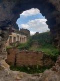 Loch in Rom stockbilder