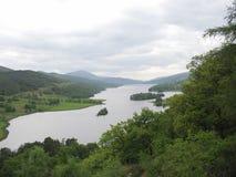 Loch Tummel dal punto di vista delle regine Immagini Stock
