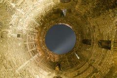 Loch zum Himmel Stockfoto