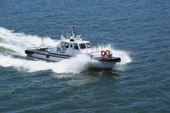 Loci łódź na pełnej prędkości zdjęcie royalty free
