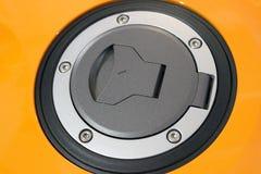 Lock för motorcykelbränslebehållare Arkivbild