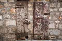 Locked ancient wooden doors Royalty Free Stock Photography