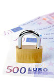 Locked padlock and money Royalty Free Stock Photos