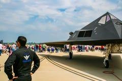 Lockheed F-117 Nighthawk på den Barksdale flygbasen Arkivbilder