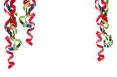 Lockige Farbbänder auf Weiß stockbilder