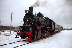 Locomotief in de winter Royalty-vrije Stock Foto's