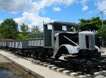 Locomotief dichtbij Brug over Rivier Kwai Royalty-vrije Stock Afbeeldingen