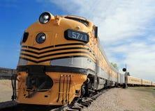Locomotiva aerodinâmica de uma era pesada Imagem de Stock Royalty Free