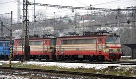 Locomotiva alla stazione Immagini Stock Libere da Diritti