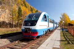 Locomotiva de diesel moderna Imagens de Stock