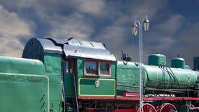 Locomotiva de vapor antiga, museu de Moscou da estrada de ferro em Rússia filme