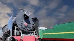 Locomotiva de vapor antiga, museu de Moscou da estrada de ferro em Rússia video estoque