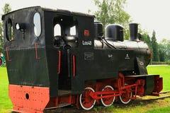 Locomotiva de vapor do calibre estreito fotografia de stock