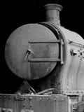 Locomotiva de vapor oxidada velha imagem de stock