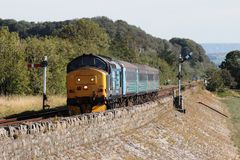 A locomotiva transportou o trem de passageiros na linha de Furness Imagem de Stock