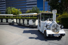 Locomotiva turística do estilo antigo da falsificação do trem Imagens de Stock Royalty Free