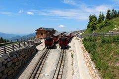 Locomotiva a vapore di una ferrovia d'annata della ruota dentata che va a Schafberg, Wolfgangsee Immagini Stock