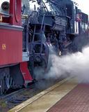 Locomotiva a vapore pronta a andare! Fotografia Stock Libera da Diritti
