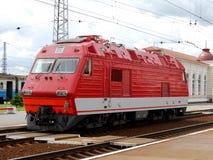Locomotiva vermelha Imagens de Stock Royalty Free