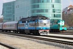Locomotivas diesel retros Tallinn do trem fotografia de stock royalty free