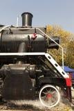 Locomotive à vapeur avec des nuages de vapeur photos libres de droits
