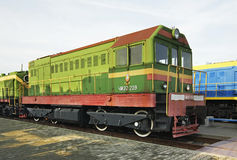 Locomotive de manoeuvre dans le musée ferroviaire Brest Belarus Photographie stock