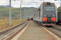 Locomotives sur le chemin de fer Photographie stock